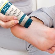 Advanced Clinicals 8oz Callus Cream. Best Foot Cream for callus and rough spots. For Rough Dry Skin on Feet, Hands, Elbows. 8oz.